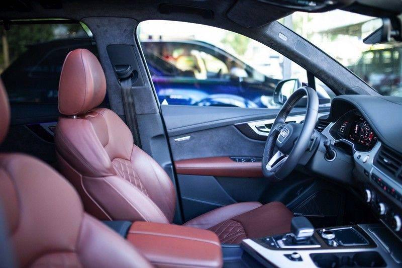 Audi SQ7 4.0 TDI Quattro 7p *4 Wielbesturing / Pano / B&O Advanced / Stad & Tour Pakket* afbeelding 6
