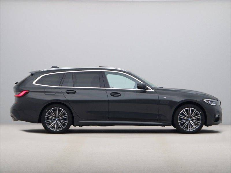 BMW 3 Serie Touring 330e xDrive High Executive Model M Sport afbeelding 8