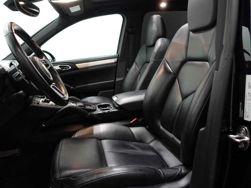 Porsche Cayenne 3.0 S E-Hybrid Sport Chrono 334pk Autom- Panodak, Bose, Leer, Camera, Navi afbeelding 22