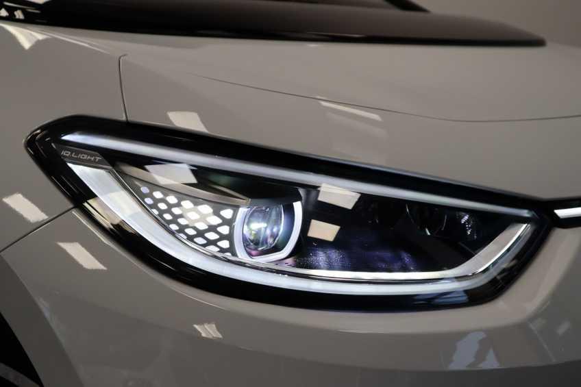 """Volkswagen ID.3 First Plus EX BTW! 8% Bijtelling 19""""LMV afbeelding 8"""