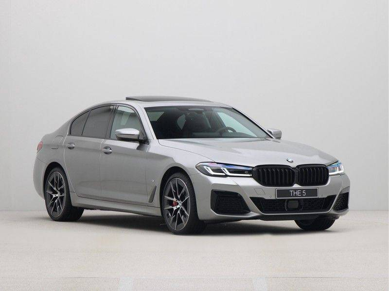 BMW 5 Serie Sedan 545e xDrive High Executive Edition afbeelding 7