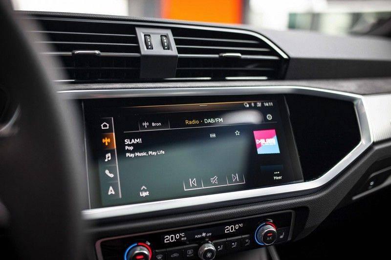 Audi RS Q3 2.5 TFSI Quattro *B&O / Pano / ACC / RS Sportstoelen / Sportuitlaat / Trekhaak* afbeelding 13
