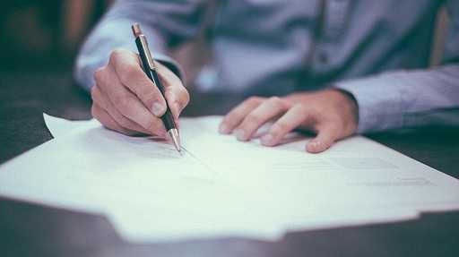 【ミスがあったら一巻の終わり!?】学校書類の発送方法と注意点!!のサムネイル