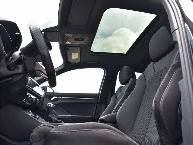 Audi Q3 Sportback 45TFSI 230pk Quattro S-Line Black Optic Pano M-LED Virtual 20-Inch Keyless DAB Stoelverwarming afbeelding 23