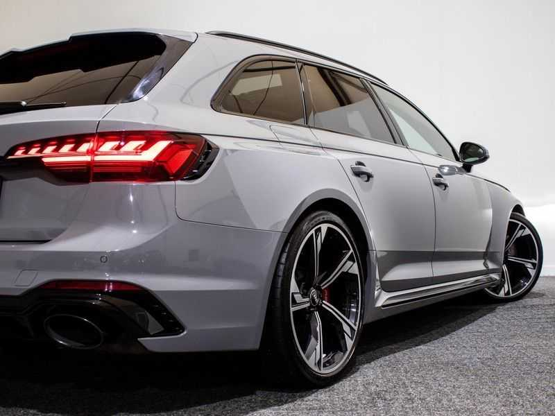 Audi RS4 2.9 TFSI quattro | Matrix LED | Panoramadak | B&O | Virtual Cockpit | afbeelding 8