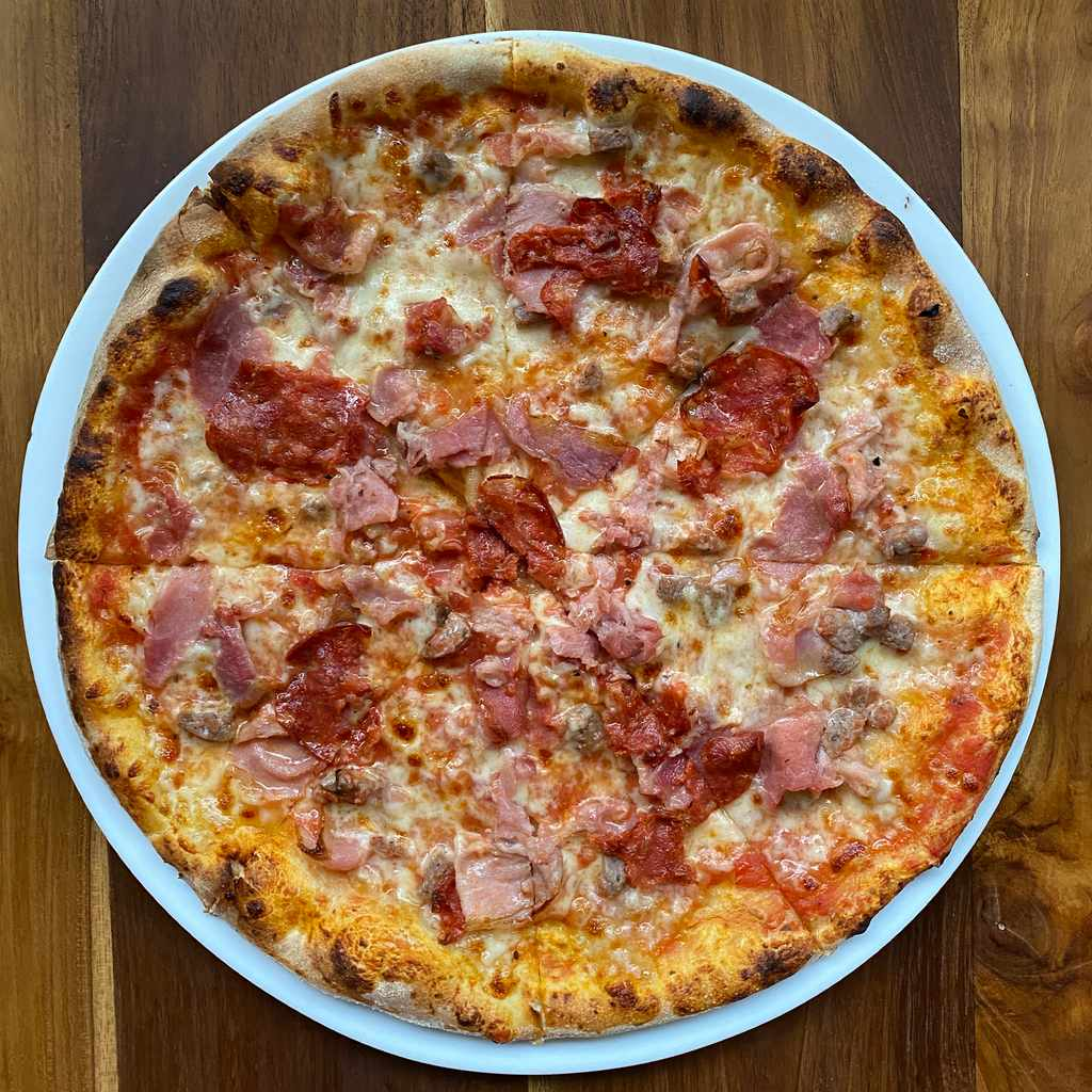pizza: meat lover