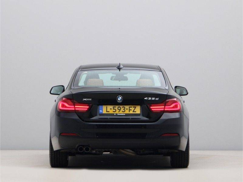 BMW 4 Serie Coupé 435d xDrive High Executive Model Sportline afbeelding 10