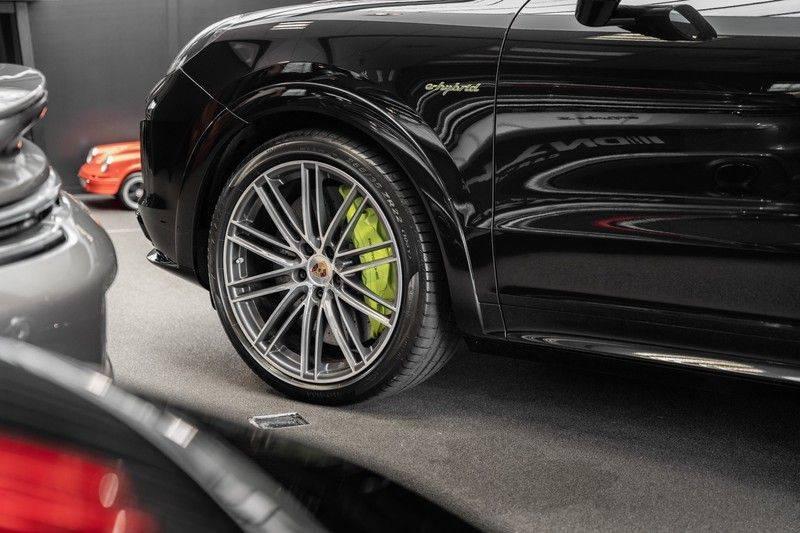 Porsche Cayenne Turbo S Hybrid Burmester Sport Design Sport Uitlaat 4.0 Turbo S E-Hybrid afbeelding 9