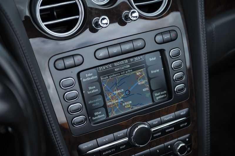 Bentley Continental GTC 6.0 W12 + Dealer onderhouden + Excellent Condition afbeelding 18