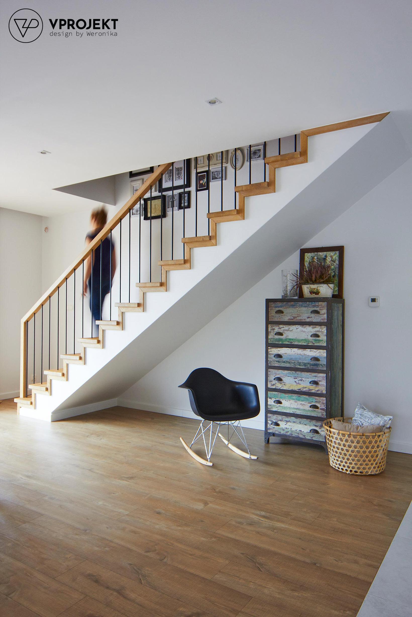 Schody na piętro, dom w Bartoszycach