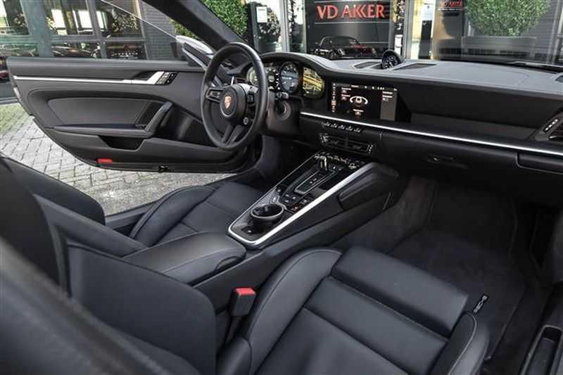 Porsche 911 4S SPORTDESIGN+LIFTSYST.+GLAS DAK+4WSTURING NP.219K afbeelding 4