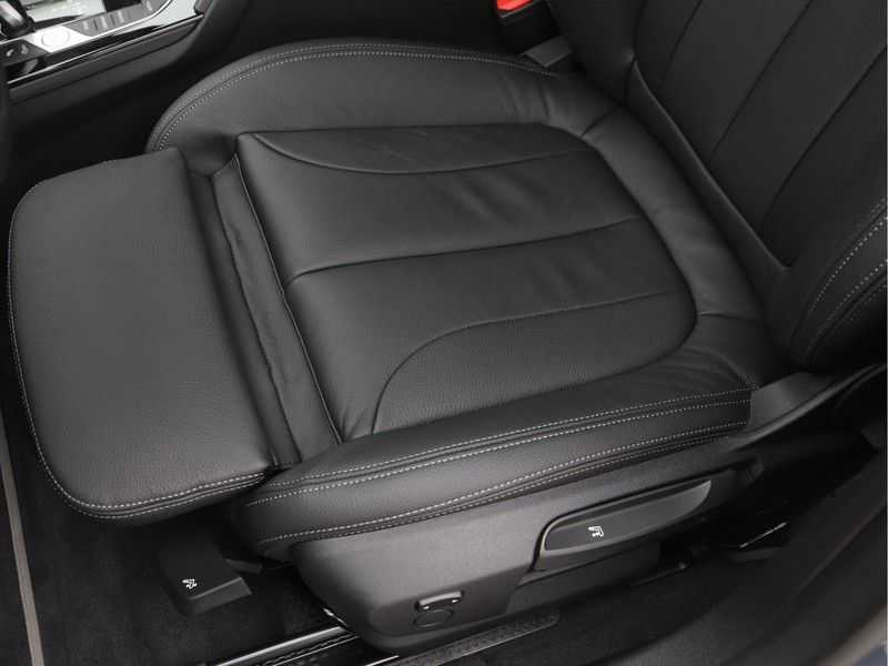 BMW 2 Serie Gran Coupé 220i High Executive Luxury Line Automaat afbeelding 12