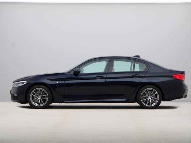 BMW 5 Serie 520i High Executive M-Sport afbeelding 4
