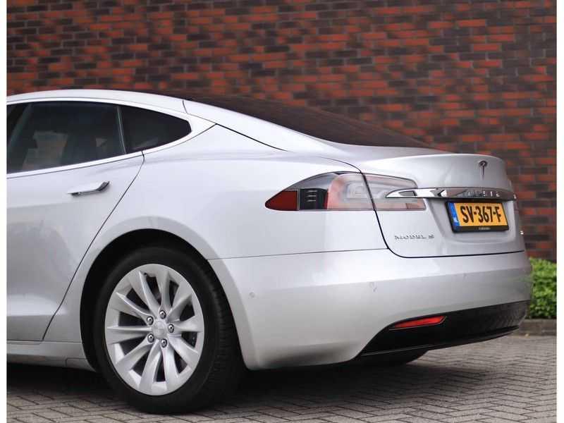 Tesla Model S 75D Base *4% t/m 06-'23*5-persoons*AutoPilot* afbeelding 10