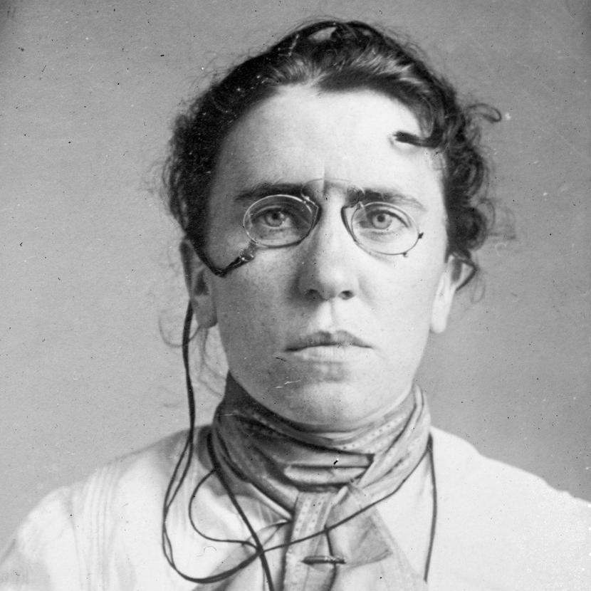 Фото Эммы Гольдман, которое сделала американская полиция в 1901 году