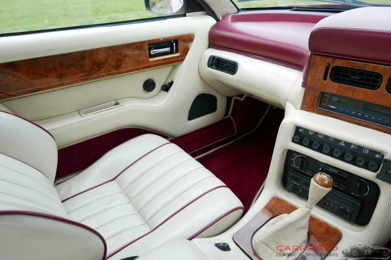 Aston Martin Virage 5.3 V8 RHD 1 Of 411 afbeelding 3