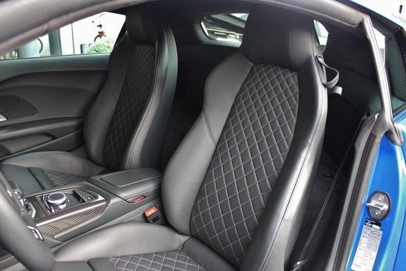 Audi R8 5.2 V10 Performance Quattro 620pk **Keramisch/B&O/Carbon/DAB/Camera** afbeelding 13