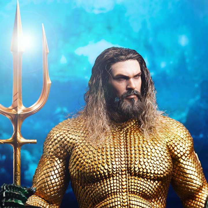 Hot Toys Aquaman 1/6 Scale Figure