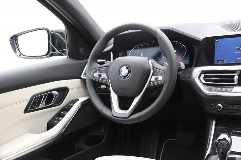 BMW 3 Serie Touring 320d High Executive Luxury Line Automaat Euro 6 afbeelding 11