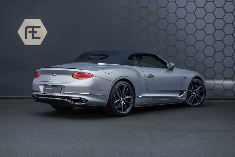 Bentley Continental GTC 6.0 W12 First Edition Full Carbon Exterior Pack, Naim Audio, Mulliner, Centenary Edition afbeelding 6