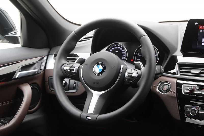 BMW X2 sDrive20i High Exe Aut. afbeelding 8