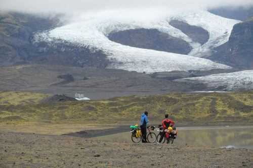 Uno dei paesaggi mozzafiato che l'Islanda sa offrire a chi l'osservi