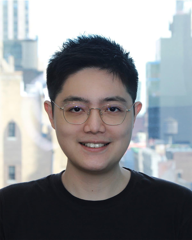 Junhong Chen