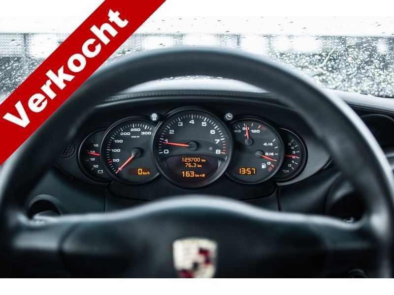 Porsche 911 996 3.6 Coupé Carrera 4 MK2 // handgeschakeld // afbeelding 11