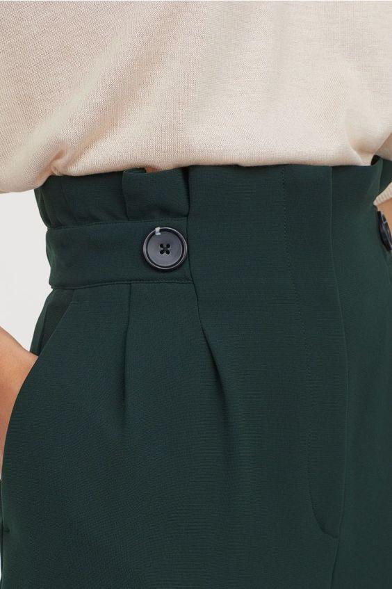 Taille élastique d'un pantalon