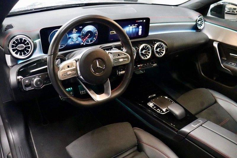 Mercedes-Benz CLA-Klasse 220 Premium Plus AMG|NIGHT|PANO|TREKHK Mercedes-Benz CLA-klasse 220 Premium Plus afbeelding 9