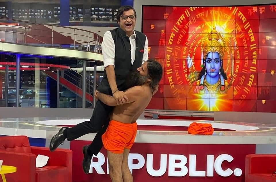 Baba Ramdev Lifts Arnab Goswami on Republic