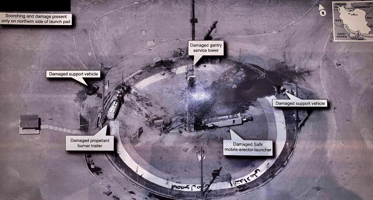 """Figure 1: Imagine cu rampa de lansare a rachetei Safir de la centrul spațial """"Imam Khomeini"""", cel mai probabil surprinsă de satelitul de spionaj SUA-224 și făcută publică de Președintele Statelor Unite (Sursa foto)."""