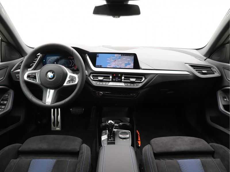 BMW 2 Serie Gran Coupé 218i Exe M-Sport Aut. afbeelding 12