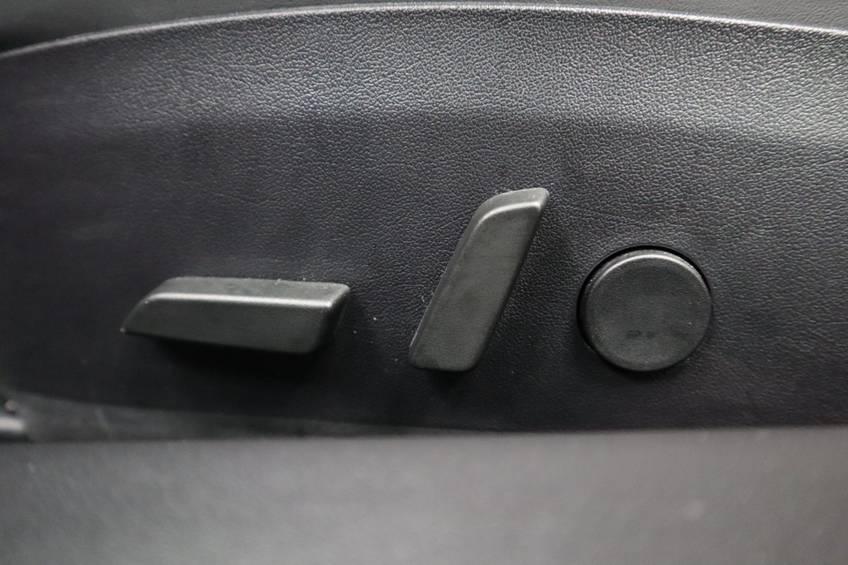 "Tesla Model 3 Long Range | prijs ex.btw 43.760,- | FSD! Rood Zwart Navigatie 18""LM 4% Bijtelling Privacy glas 351 PK! afbeelding 10"