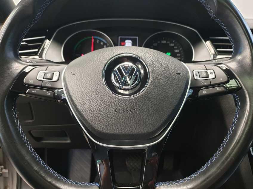 Volkswagen Passat 1.4 TSI GTE Highline EX BTW Navigatie Panoramadak LED PDC Clima Cruise 17`LM afbeelding 17