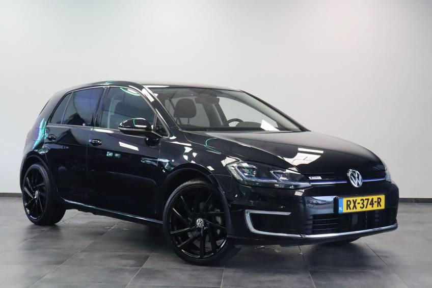 Volkswagen e-Golf e-Golf Marge! LED Navigatie Clima Cruise Warmtepomp Virtual CP Camera *tot 24 maanden garantie (*vraag naar de voorwaarden)