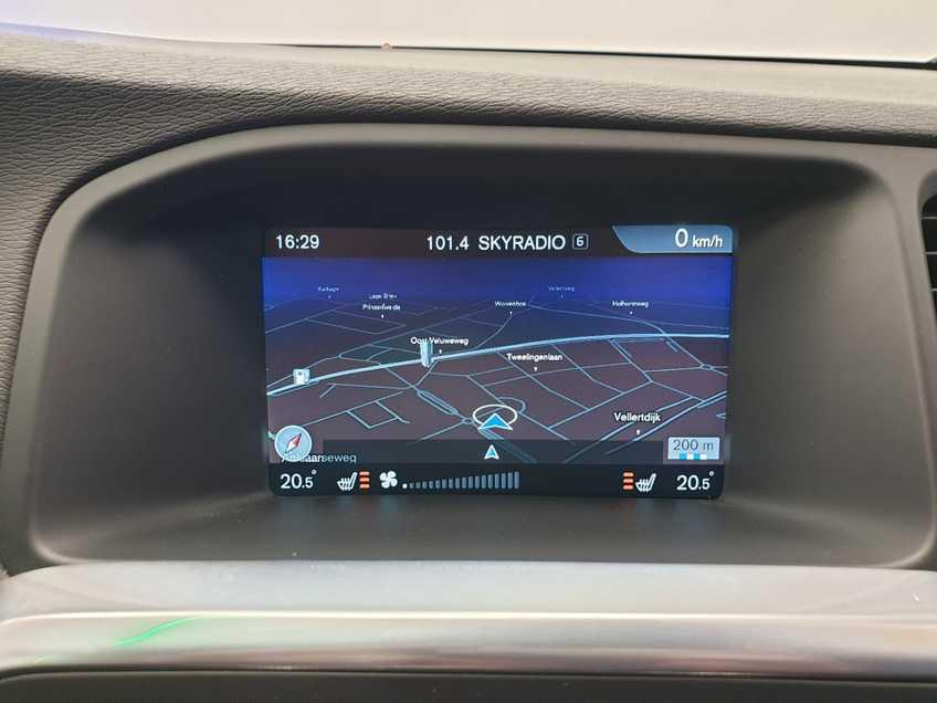 "Volvo V60 2.4 D6 Twin Engine Summum EX BTW Blis Xenon Opendak Navi AD Cruise 18""LM afbeelding 10"