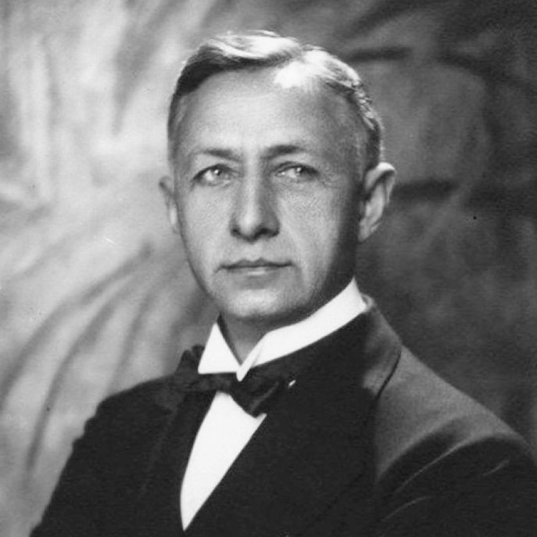 Иван Бунин вПариже, 1928. Источник: lhistory.ru/statyi/vernutsya-v-rossiyu-stihami