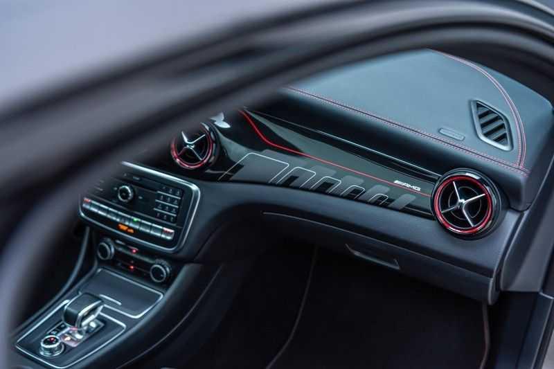 Mercedes-Benz CLA-Klasse 45 AMG 4MATIC, 381 PK, Facelift, Pano/Dak, Camera, Night/Pakket, AMG-Sportuitlaat, 52DKM!! afbeelding 19