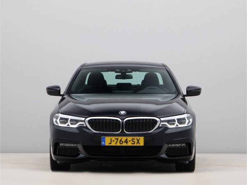 BMW 5 Serie 520i High Exe Aut. M-Sport afbeelding 9
