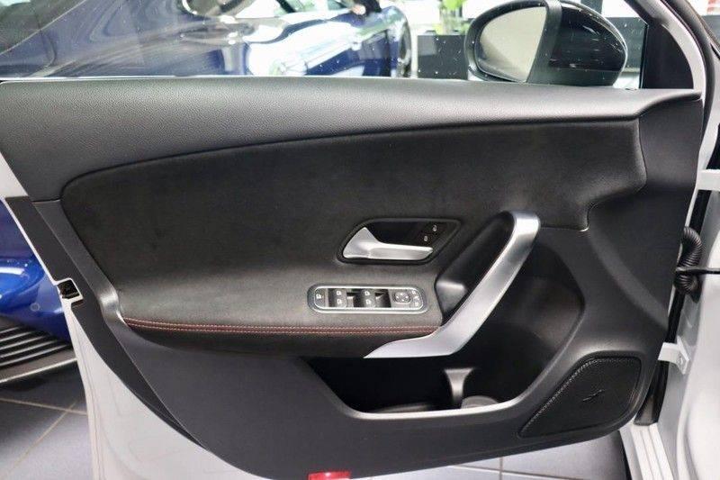 Mercedes-Benz A-Klasse A35 AMG 4MATIC Pano Aerodynamic WIDEScreen Pano Aerodynamic WIDEScreen afbeelding 9
