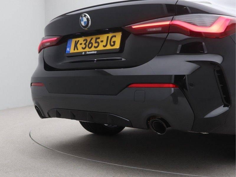 BMW 4 Serie Coupé 420i High Executive M-Sport Automaat afbeelding 25