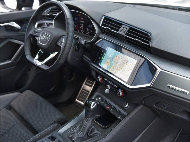 Audi Q3 Sportback 45TFSI 230pk Quattro S-Line Black Optic Pano M-LED Virtual 20-Inch Keyless DAB Stoelverwarming afbeelding 18