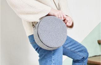 Un sac à main créé à partir de chutes de tissus