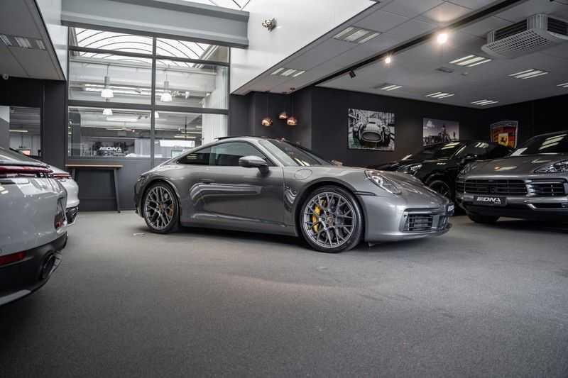 Porsche 911 992 4S PCCB Matrix Pano Keramisch ACC 3.0 Carrera 4 S afbeelding 13