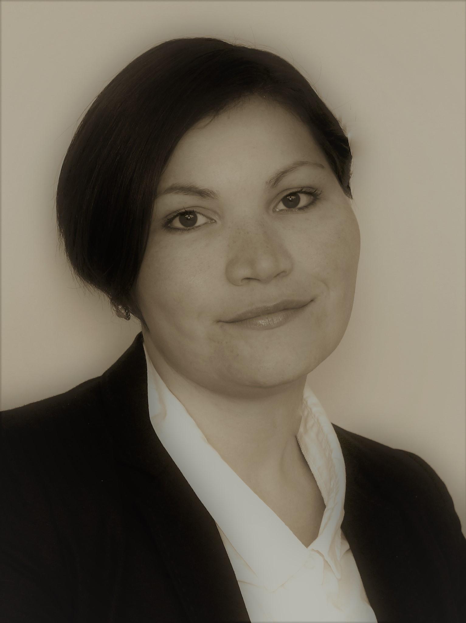 Portrait of Sarah Fjeld Oueslati