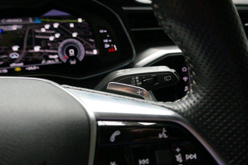 Audi A6 Avant 40 TDI Sport Pro Line S Black edition afbeelding 24