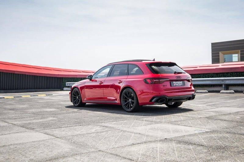 Audi RS4 Avant 2.9 TFSI quattro   450PK   Sportonderstel Plus   Panoramadak   Inleg Carbon   B&O   Sportdifferentieel   Head-up afbeelding 6