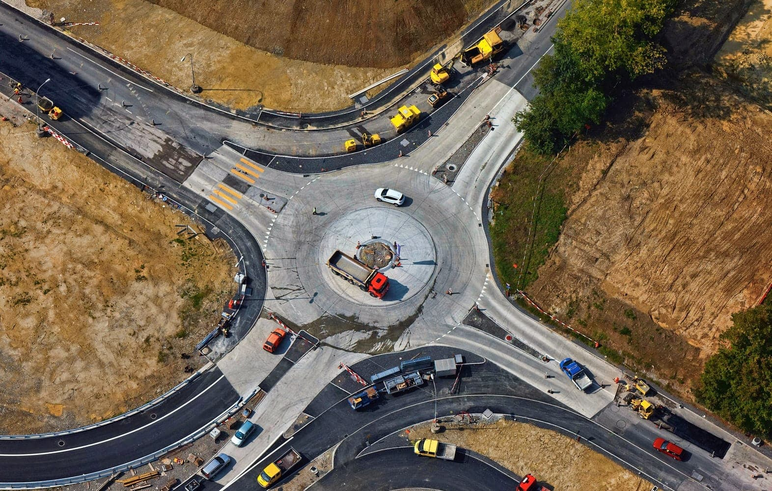 Intersection in the countryside under construction