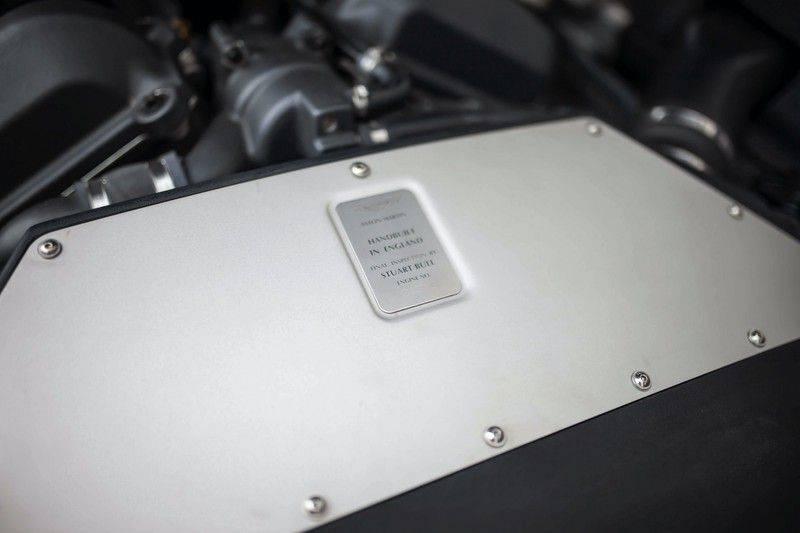 Aston Martin V12 Vanquish 5.9 *Absolute nieuwstaat!* afbeelding 25